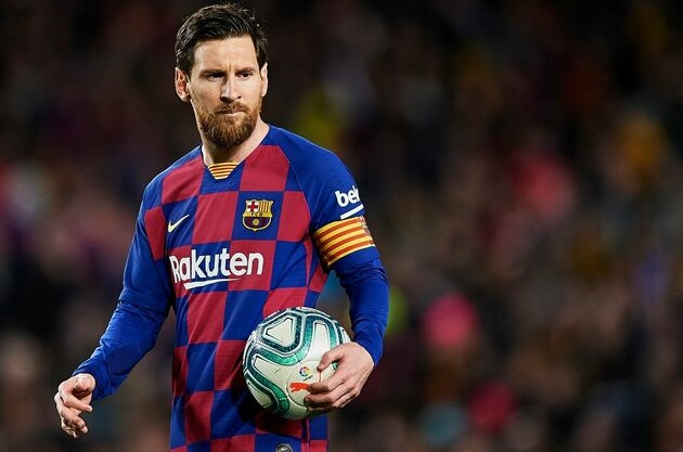'I hope he is distracted by Inter rumours!': Napoli sporting director doesn't want Messi to have 'one of his nights' on Saturday - Bóng Đá