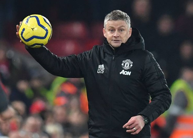 'They are too far ahead of us' - Solskjaer urges Man Utd to spend money on better players - Bóng Đá