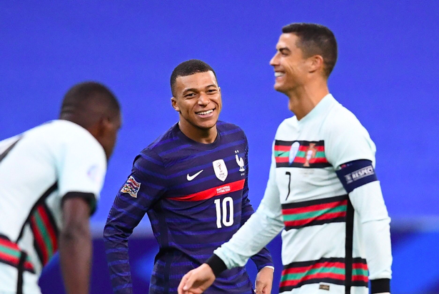 Kylian Mbappe sends honest message to Cristiano Ronaldo after Nations League meeting - Bóng Đá